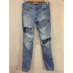 Hollister Light wash distressed skinny jeans